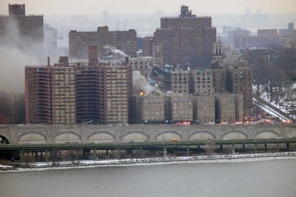 Heavy smoke and flames could be seen at 775 Riverside Drive from across the Hudson River in New Jersey. (Photo/Richie Nussbaum)